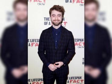 """Daniel Radcliffe descobre que tem talento para combater as """"fake news"""". Oi?"""