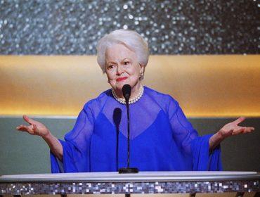 """Briga judicial entre Olivia de Havilland e os produtores de """"Feud"""" chegará à Suprema Corte dos EUA"""
