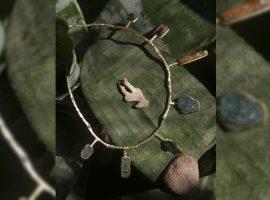 Desejo do Dia: colar de Lane Marinho que carrega a energia de gemas preciosas