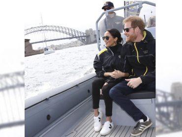 Na Austrália, Meghan Markle usa tênis de marca eco-friendly brasileiraque custa R$370