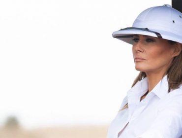 Melania Trump é criticada por usar acessório ligado ao colonialismo em viagem pela África