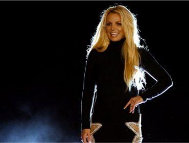 "Britney Spears completa 38 anos e Glamurama relembra os escândalos da ""toxic girl"""
