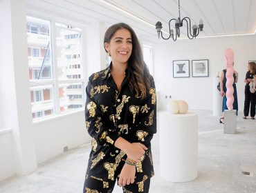 Camila Yunes Guarita e Lucinda Bellm inauguram pop up da  Lamb Arts no Brasil