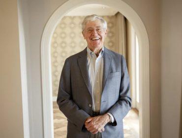 Maior industrial dos EUA e oitavo mais rico do mundo, Charles Koch está de olho nas techs