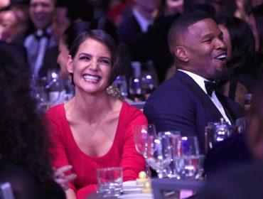Porta-voz de Katie Holmes desmente rumores sobre noivado da atriz com Jamie Foxx