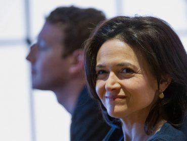 Bomba! Número 2 no comando do Facebook, Sheryl Sandberg encomendou dossiê contra George Soros