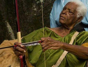 Bahia de luto! Morre os 93 anos Mãe Stella de Oxóssi, uma das mais importantes ialorixás do país