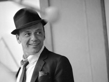 No aniversário de nascimento de Frank Sinatra, 5 momentos em que o cantor fez história ao seu jeito