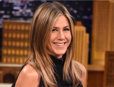 Jennifer Aniston revela que dividiu apê com fantasma quando se mudou para Los Angeles