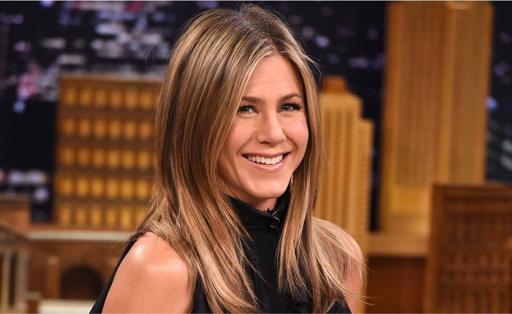 dc819ce4c2 Jennifer Aniston revela que dividiu apê com fantasma quando se mudou para  Los Angeles