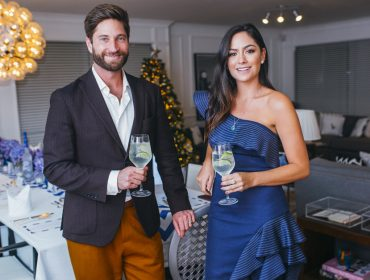 Luciana Tranchesi recebeu Joe McCanta, embaixador global da vodka Grey Goose, para o encontro Vive Le Vodka Martini