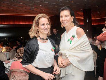 Jantar beneficente da Credipaz reúne glamurettes no Terraço Itália
