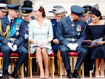 Meghan Markle e Harry mantêm contato diariamente com Kate Middleton e William em grupo de mensagens