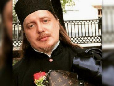 """Padre russo que é fã de grifes de luxo se desculpa por """"posts ostentação"""" no Instagram"""