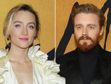 """Saoirse Ronan, estrela do aguardado """"Duas Rainhas"""", estaria namorando colega de elenco"""