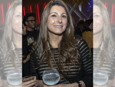 Claudia Burmaian ganha festa de aniversário de suas bffs e o dress code é especial