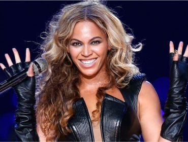 Beyoncé posta foto em que aparece usando sapatos de R$ 182, e item se esgota nas lojas