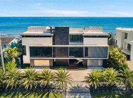 À venda por R$ 102,9 mi, château mais caro de Boca Raton tem até antena telefônica. Veja as fotos!