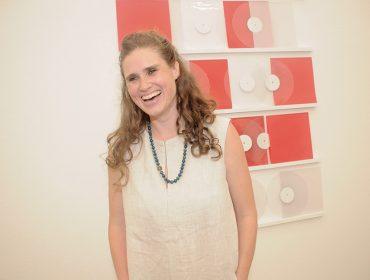 Cocktail marca a abertura de três exposições na Galeria Vermelho