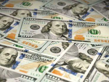 Graças à alta do real, duas brasileiras voltaram a ser bilionárias, só que em dólares. Aos nomes!