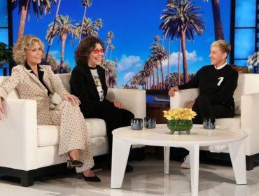 """Estrelas de """"Grace & Frankie"""", Jane Fonda e Lily Tomlin revelam proposta que receberam de fabricante de vibradores"""