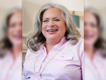 Republicana, trans e bilionária: conheça Jennifer Priztker, a personalidade LGBT mais rica do mundo