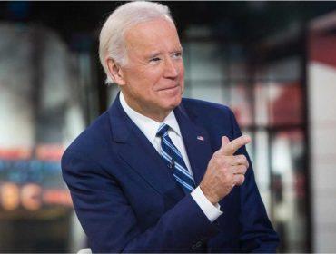 Joe Biden, ex-vice dos EUA no governo de Obama, confirma que está pensando em concorrer à Casa Branca