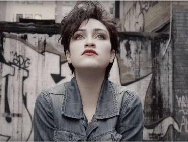 Documentário sobre a vida de Madonna antes da fama será lançado em março. Assista o trailer!
