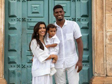 Brás, neto de Regina Casé, é batizado na Igreja do Rosário dos Pretos no Pelourinho