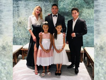 Ronaldo e Celina Locks viajam com a família para Dubai e posam na maior estica…