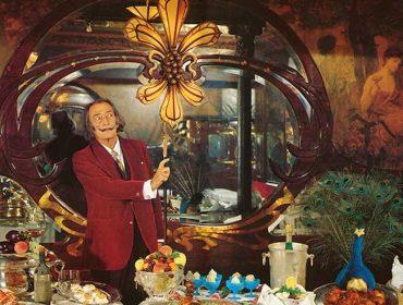 Livro de receitas excêntrico de Salvador Dalí será reeditado pela primeira vez em mais de 40 anos