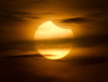 Primeira Lua Nova do ano coincide com eclipse e solar parcial que vem para mudar as tendências do ano