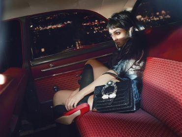 Lola Leon, filhade Madonna, estrela campanha de moda ao lado deMaya Hawke, filha deUma Thurman