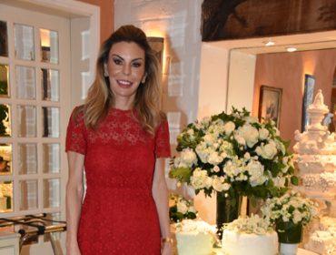Luiza Junqueira comemora aniversário ao lado das amigas no La Tambouille