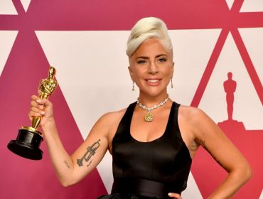"""Efeito Oscar: Lady Gaga pode faturar mais de R$ 338,6 mi em 2019 por conta da estatueta que ganhou por """"Shallow"""""""