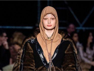 """Burberry se desculpa por moletom com """"ode ao suicídio"""" apresentado na Semana de Moda de Londres"""