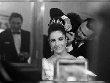 No dia em que Liz Taylor faria 88 anos, a história por trás de 5 das joias mais icônicas da estrela