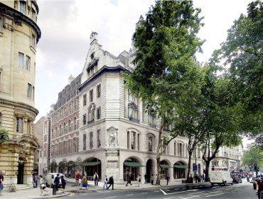 O novo point hypado de Londres é hotel de luxo que fica em um prédio onde já funcionou até uma igreja