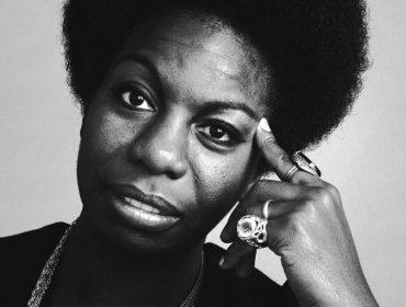 No dia em que Nina Simone faria 86 anos, 5 motivos que provam que ela sempre será um ícone musical