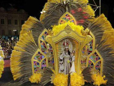 No Carnaval de Salvador, fantasia de Nossa Senhora do Monte Carmelo vence concurso LGBTQ
