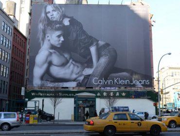 Fim de uma era: Calvin Klein diz adeus à alta costura e se retira das passarelas da moda