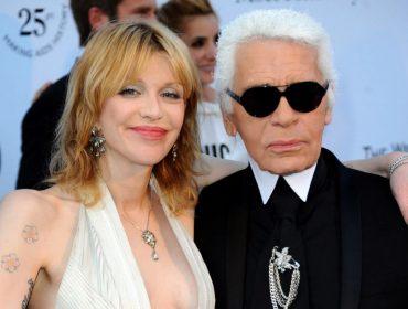 """Courtney Love relembra reação de Karl Lagerfeld quando usou um vestido falso da  Chanel: """"Coitada dessa menina…"""""""