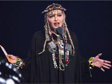"""Por causa de cavalo, Madonna ouve """"NÃO!"""" dos portugueses e os acusa de ingratidão. Entenda!"""