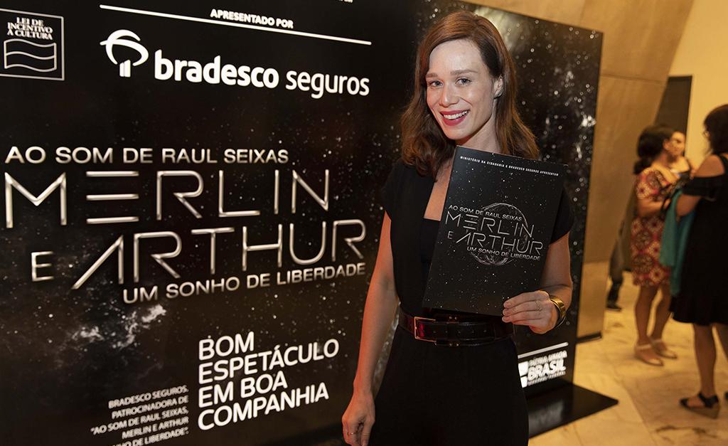 """Pré-estreia do musical """"Merlin e Arthur, Um Sonho de Liberdade"""" junta famosos no Rio de Janeiro"""