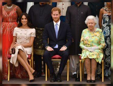Elizabeth II envia bilhete para Meghan e Harry elogiando os dois por sucesso em viagem oficial ao Marrocos