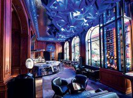 Bar do Plaza Athénée, em Paris, terá coleção exclusiva de champanhe branco e rosé Dom Pérignon