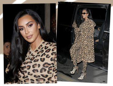 Kim Kardashian dá pivô em Parisde animal print da cabeça aos pés. O valor do look? Glamurama conta
