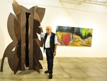 Turma artsy se reúne para preview da exposição de Carlos Vergara