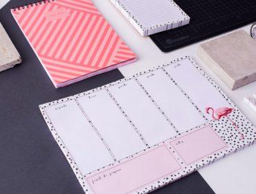 Branco Design para organizar o dia a dia? O Berinjela tem e é puro charme!