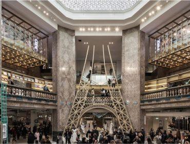 Loja da Galeries Lafayette fincada na Champs-Élysées é o novo point de Paris. Vem ver!